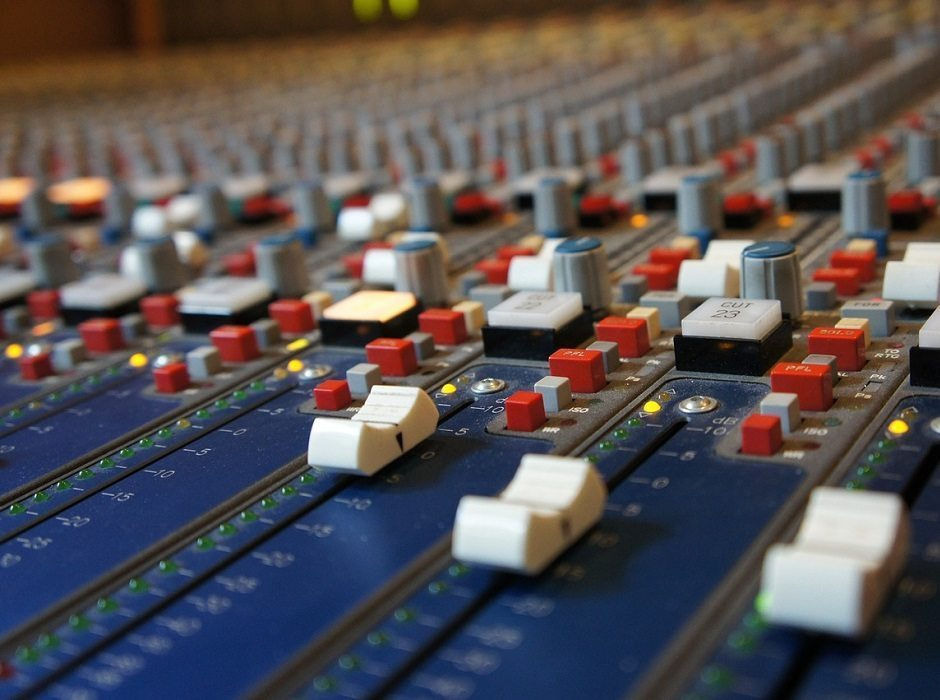 mixing desk by grooveaddicted