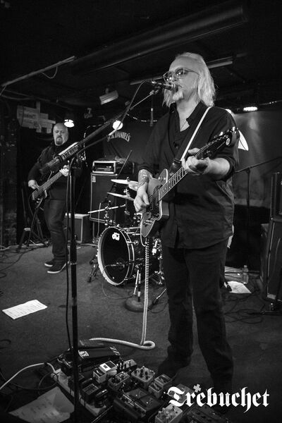 Reeves Gabrels and Lisa Ronson a