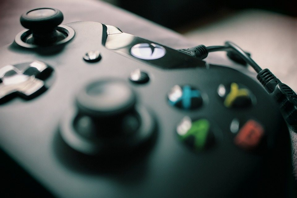 xbox-controller-by-pixabay-and-darkstarzs Game User Experience Satisfaction Scale