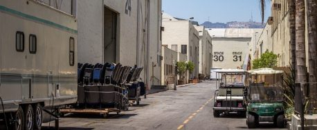 Movie studios, screenwriting